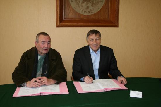 Alain Suduca, Vice-Président du Conservatoire d'espaces naturels de Picardie, et Jacques Krabal, Président de l'Union des Communautés de Communes du Sud de l'Aisne, Député de l'Aisne