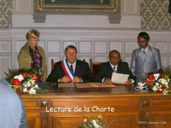 lecture-de-la-charte-001.jpg
