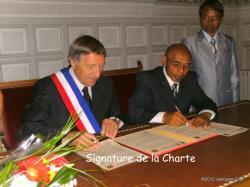 signature-de-la-charte-001.jpg